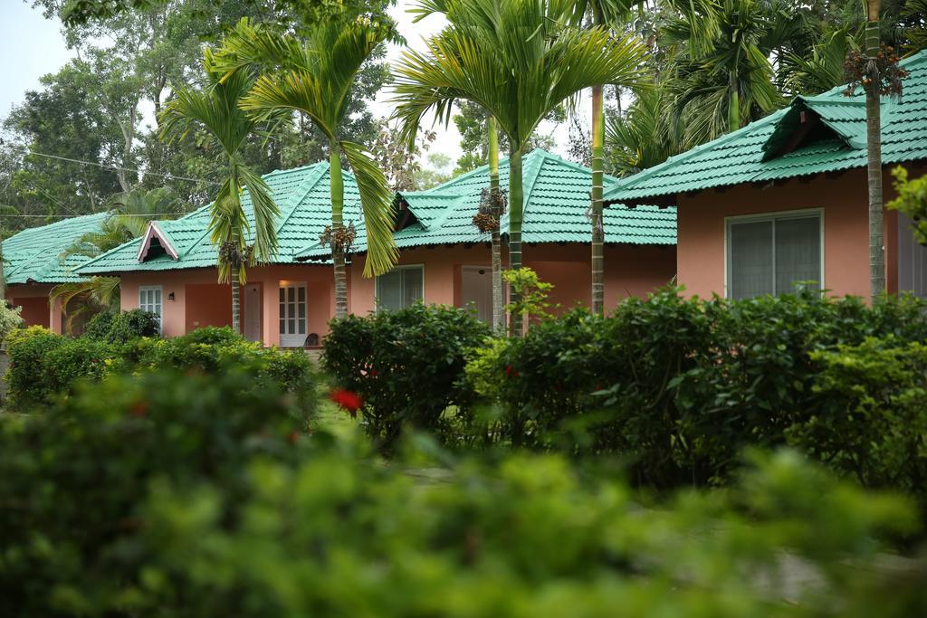 La Flora Jungle Hill Resort Coorg Rooms Rates Photos